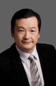 108244_kevin_lin_headshot_low_res_grey_2011